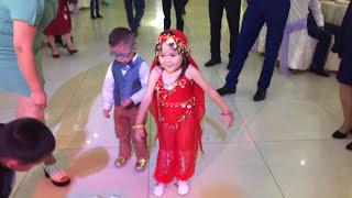 Анеля танец Хатуба 3 годика