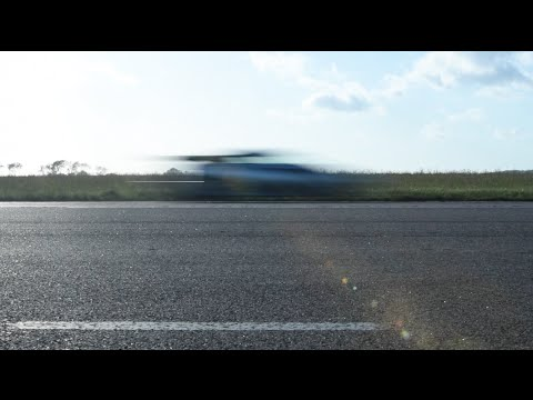 Koenigsegg One:1 vs 0-300-0 kmh
