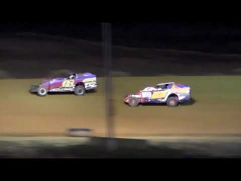 Dog Hollow Speedway - 10/21/17 Big Block/Small Block Modified Heat Race #1