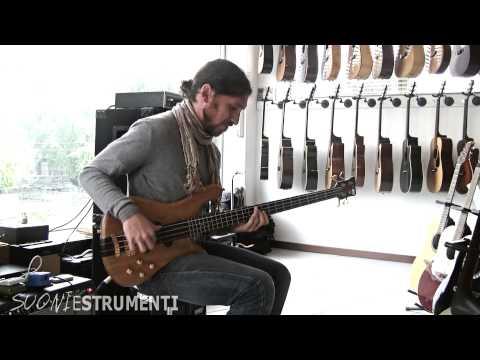 Warwick Streamer Stage I 88 - Vintage Bass! - Demo by Nicola Bruno