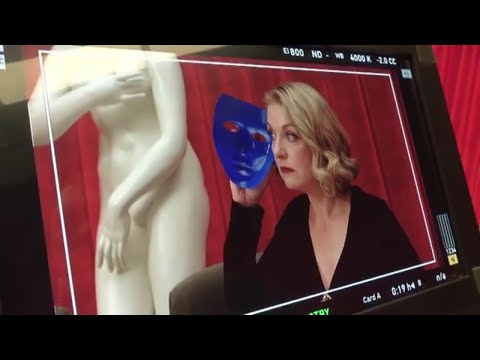 David Lynch directing Sheryl Lee in Twin Peaks Season 3