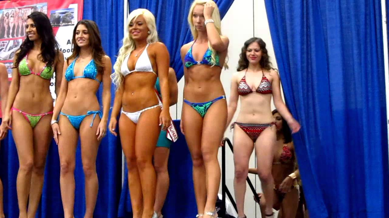 Corvette Chevy Expo Bikini Contest 3 Youtube