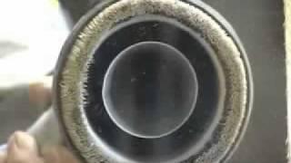 総合ブラストマシンメーカー、厚地鉄工の屋外用ブラスト機。研掃・回収・選別・集塵を1台にまとめ、コンパクトでありながらも、直圧式ブラス...