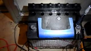 Что делать если сел аккумулятор на морозе?(Купить пускач для авто https://goo.gl/J7YbM2 Купить пускач для авто https://goo.gl/yoYvmH Что делать если сел аккумулятор на..., 2014-01-20T08:02:00.000Z)