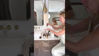 1-nettoyage 2-préparation & hydratation 3-nutrition anti-âge 4-protection On peut adapter ce rituel selon notre peau et notre budget. La jojoba peut remplacer ...