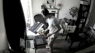 Live Atmospheric Techno - Ultranova, Mopho, APC 40 & Ableton