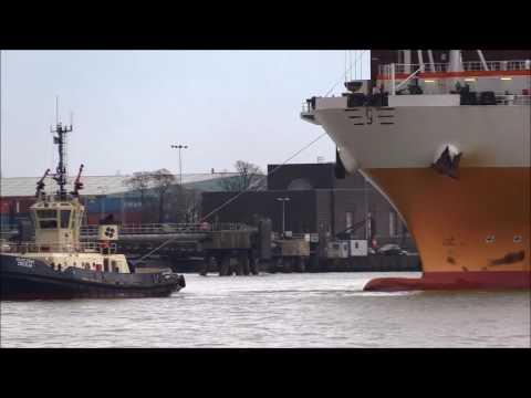 GRANDE LAGOS Moving berth Thames Shipping by Richie Sloan.