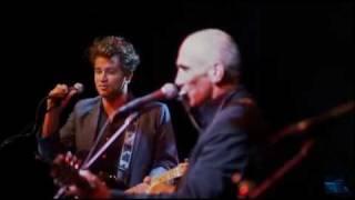 PAUL KELLY - Careless (Live)