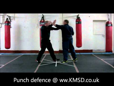 Krav Maga Manchester @ KMSD | Defence Against Hook Punch FightingStance