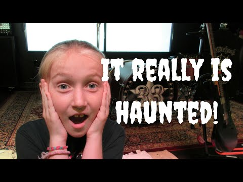 JACKSONVILLE HAUNTED STORE | BEACH TIME | DISNEY 24 HOUR EVENT GIVEAWAYS