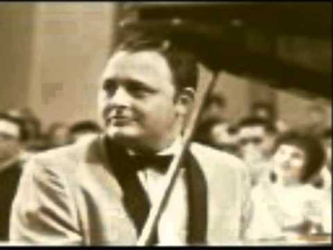 Wildwood Flower performed   Jim Reeves and The Blue Boys in 1961