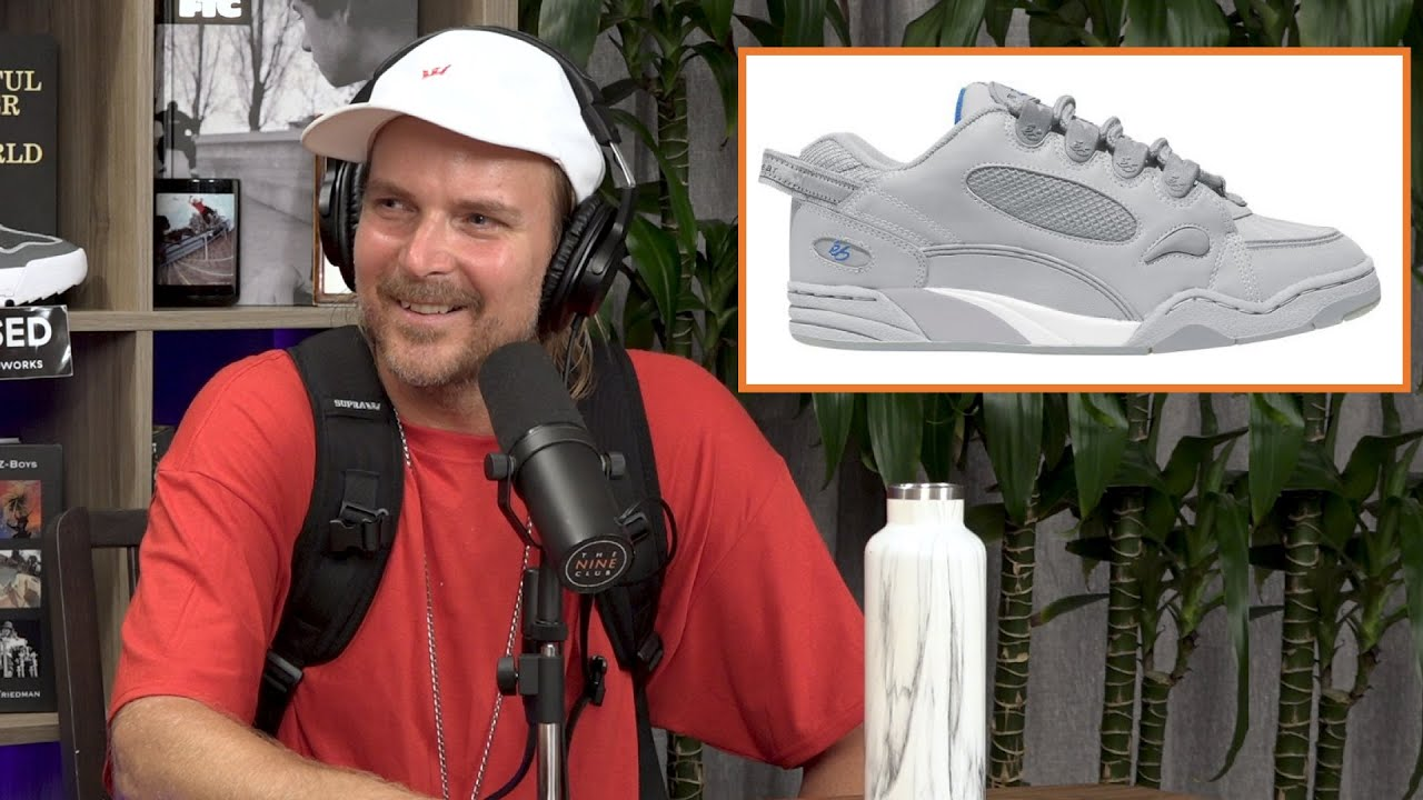 Shoe With Stash Pocket