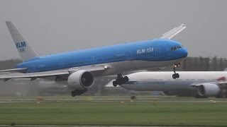 STORM!! SCHIPHOL, KLM GEVAARLIJKE LANDING B777 PH-BVB thumbnail
