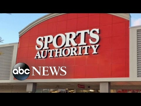 Sports Authority Goes Out of Business