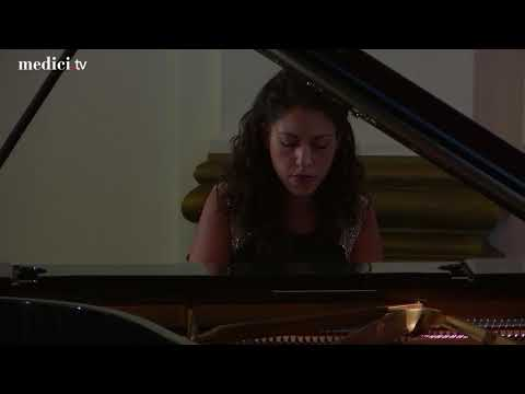Beatrice Rana plays the SchumannLiszt Widmung at the 2017 Gramophone Awards