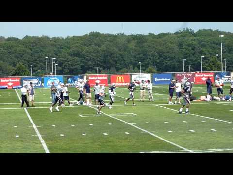 Tom Brady throws to Wes Welker at Training Camp