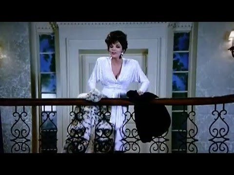 Joan Collins as Alexis takes the Carrington Mansion from Blake & Krystle ' Dynasty