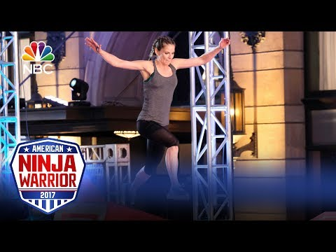 Natalie Morales's Run  Celebrity Ninja Warrior for Red Nose Day