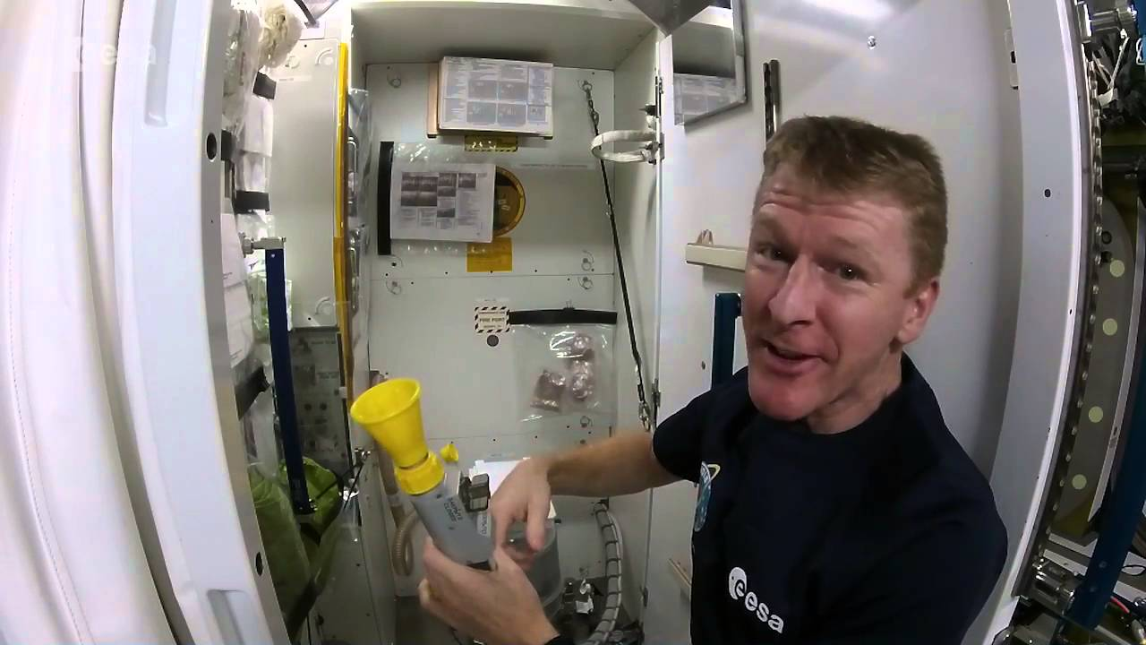 How astronauts use the bathroom - How Astronauts Use The Bathroom 13