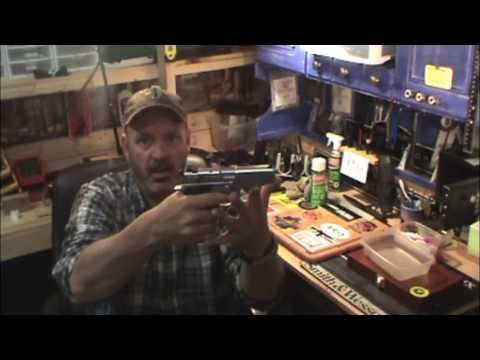 Smith & Wesson 5906 Breakdown & Cleaning
