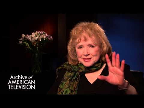 "Piper Laurie discusses how ""Twin Peaks"" fans reacted to her - EMMYTVLEGENDS.ORG"