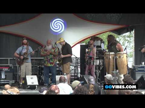 "Lucid Performs ""Po' Man"" featuring George Warsaw at Gathering of the Vibes Music Festival 2012"