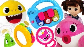 baby shark coco play in a pinkfong music instruments pinkypoptoy