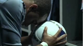 Spot Adidas Smart Soccer