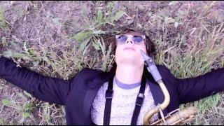 Смотреть клип Moon Hooch - Mon Santo
