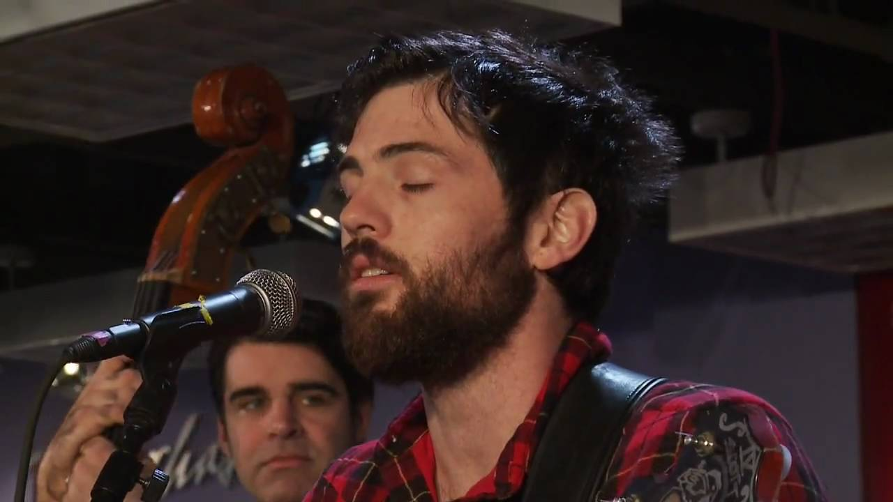 The Avett Brothers Laundry Room Live At Borders 01 Part 1 Youtube