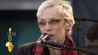 Annie Lennox - Sisters Are Doin' It For Themselves (Live 8 2005)