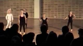 2009 Dansestudiet • De mindste