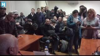 Москва. Район Аэропорт. Собрание жителей пятиэтажек, подлежащих сносу