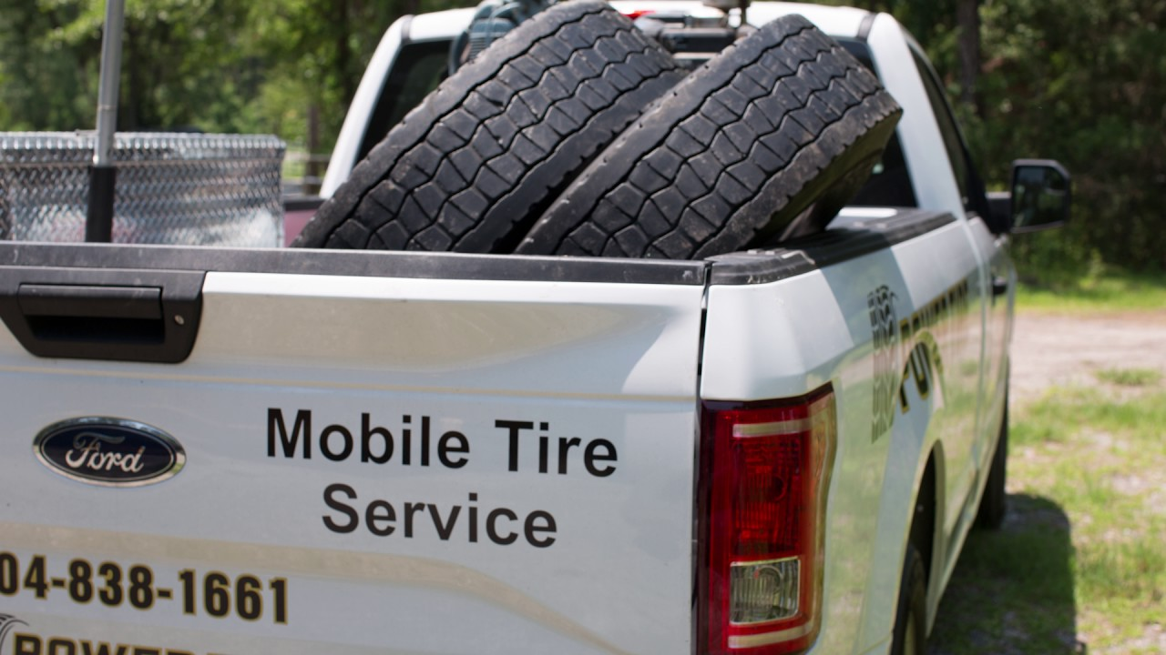 Power Tire Mobile Tire Repair Semi Truck 24 7 Youtube