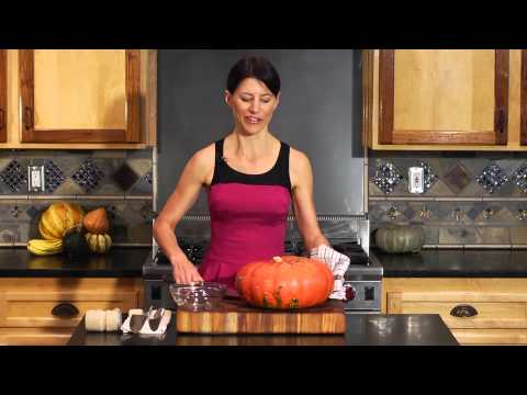 How to Clean a Pumpkin to Cook It : Pumpkin Recipes