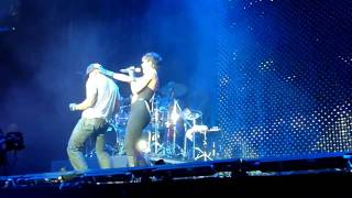 Keri Hilson - Return the Favour & Slow Dance - O2 Arena 19th July - FRONT ROW