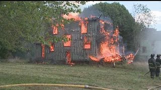 Youngstown fire crews battle east side blaze