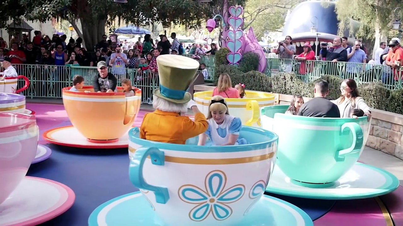 Mad Tea Party At Disneyland - Disney Park Portrait 4K ...