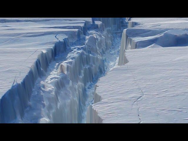 Resultado de imagen de Los icebergs, esas enormes montañas de hielo desgajado que flotan en el océano de Europa
