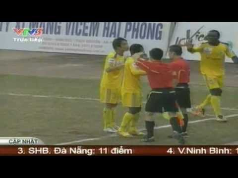 Chỉ có thể là trọng tài Việt Nam....