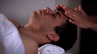 how to relieve tension w pressure points   head massage