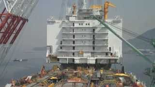 Mega-Crane Moving An Impossible Load - gCaptain