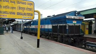 KSR BENGALURU City Railway Station     A Walkthrough with Alco Spottings  PL 698 Extended Coverage!