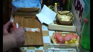 готовим роллы дома(нарезка рыбы)