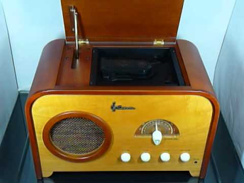 emerson nr52 vintage style cd player radio youtube. Black Bedroom Furniture Sets. Home Design Ideas