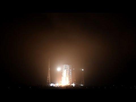 China lanza al espacio su primera nave de aprovisionamiento