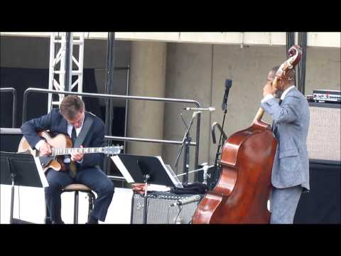 "Ron Carter and Peter Bernstein ""St. Thomas"" LIVE @ Detroit Jazz Festival 2014"