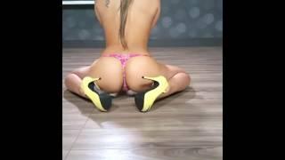 Topless Girl In Thong n Heels Flexing Her Butt