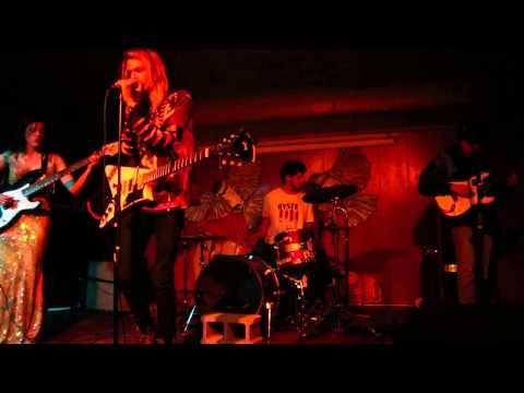 Snow Wite - Sweet Black Angel Live In Milwaukee 11/15/2014