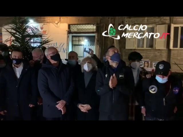 L'omaggio di Quagliarella, Ranieri e Ferrero al murales di Diego Armando Maradona